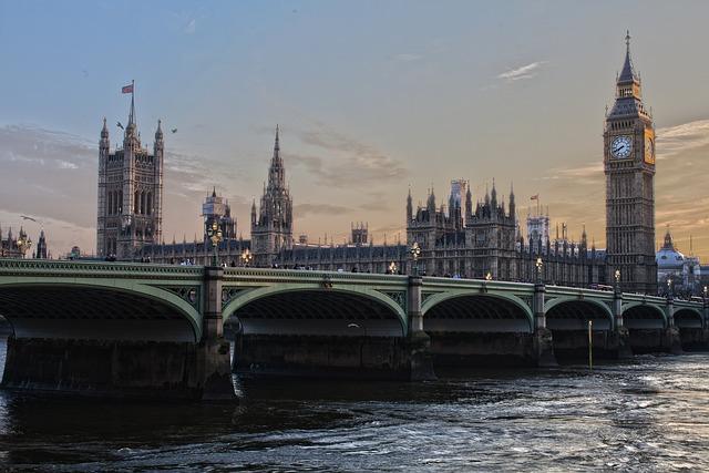 Plecare din Romania – UK; miercuri 25 octombrie