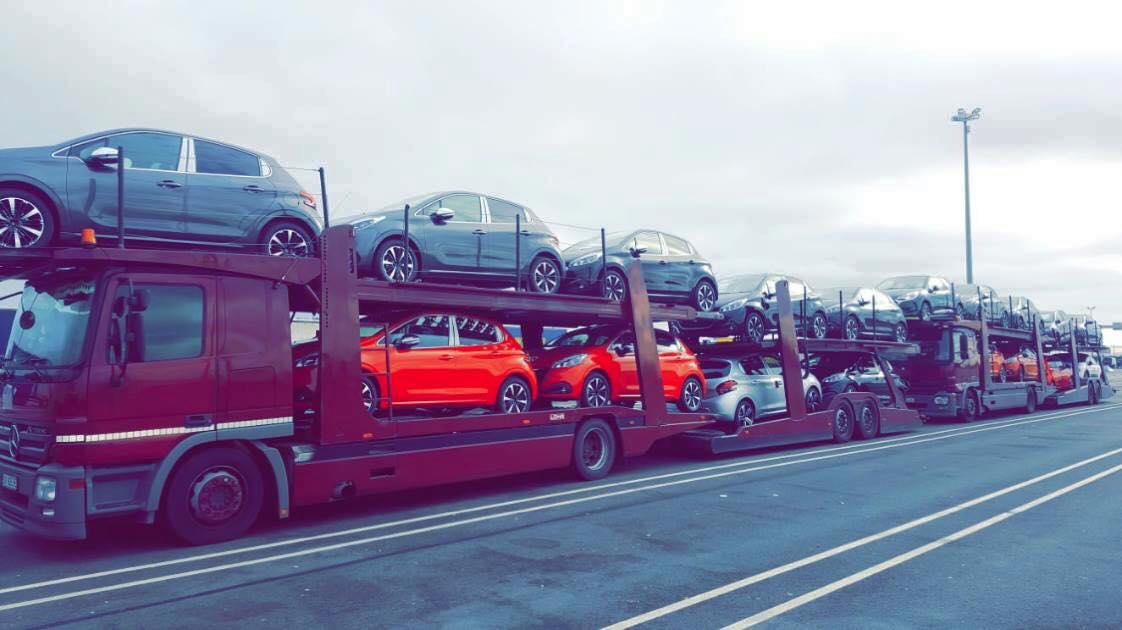 Transport masini pe platforma Anglia Romania/ masini mici, limuzine, masini second hand, jeep-uri