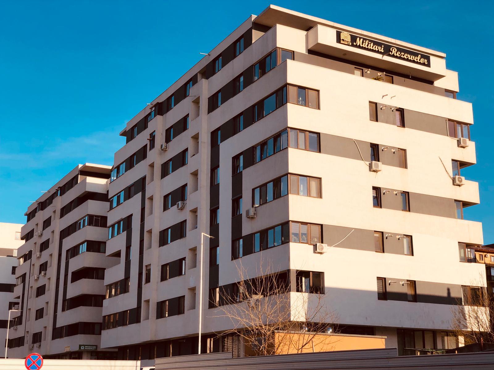 Apartament 3 camere 70 mpu zona Militari Metro