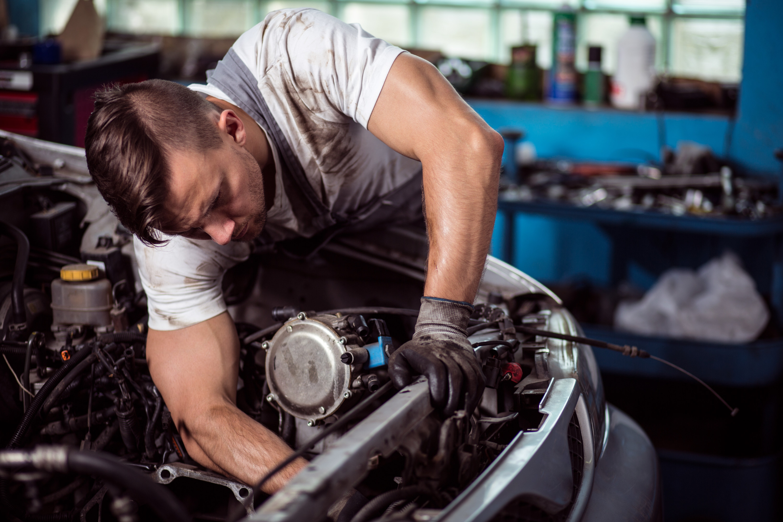 Electrician Auto si Mecanic Auto Londra